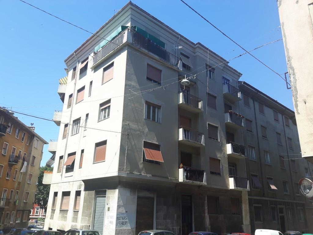 Via Piccardi 31, piano quarto – ampio bilocale